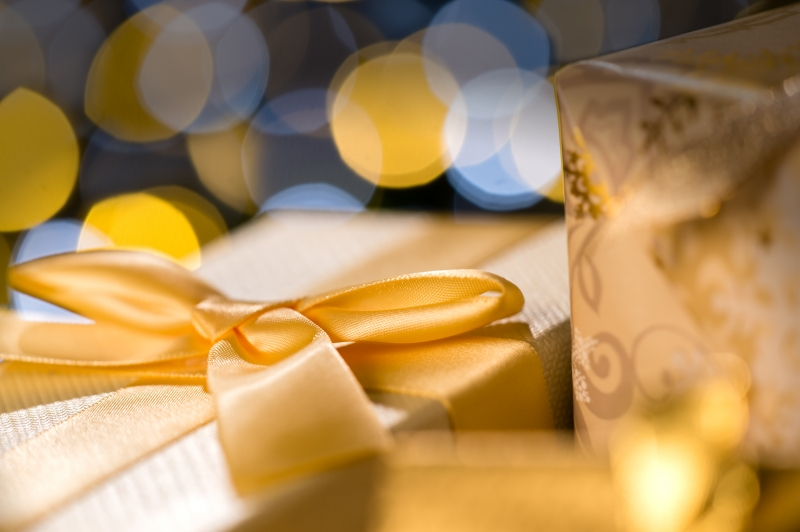 gifts-gold